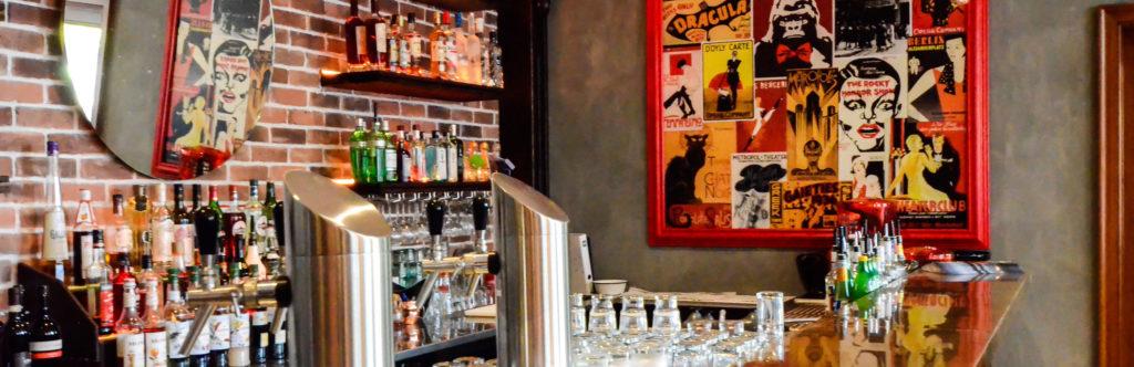 Brooklyn Cocktail Bar mit großer Auswahl an Spirituosen